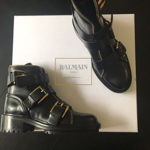 Balmain buckle Leather Ankle boots